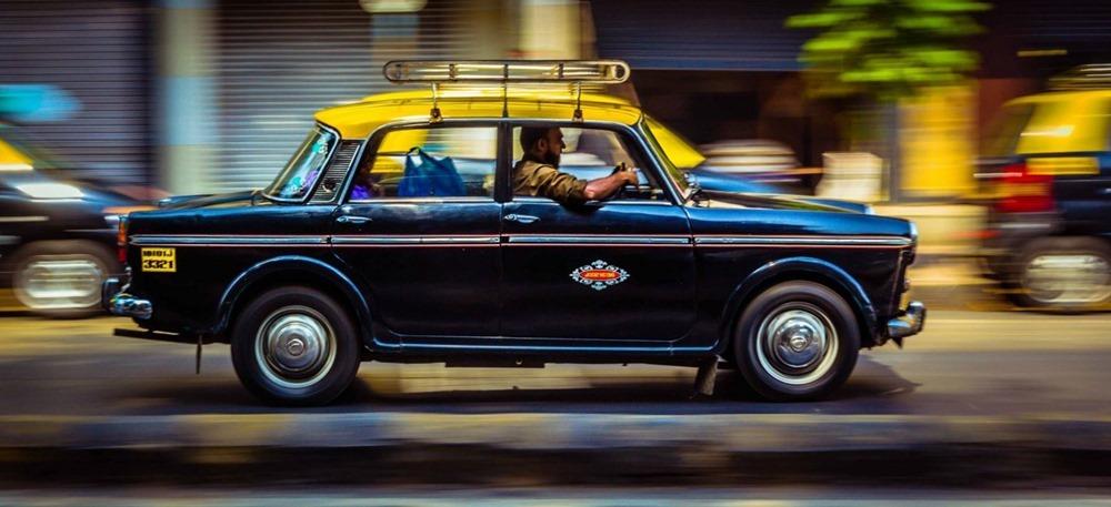Mumbai-Kaali-Peeli-Taxi