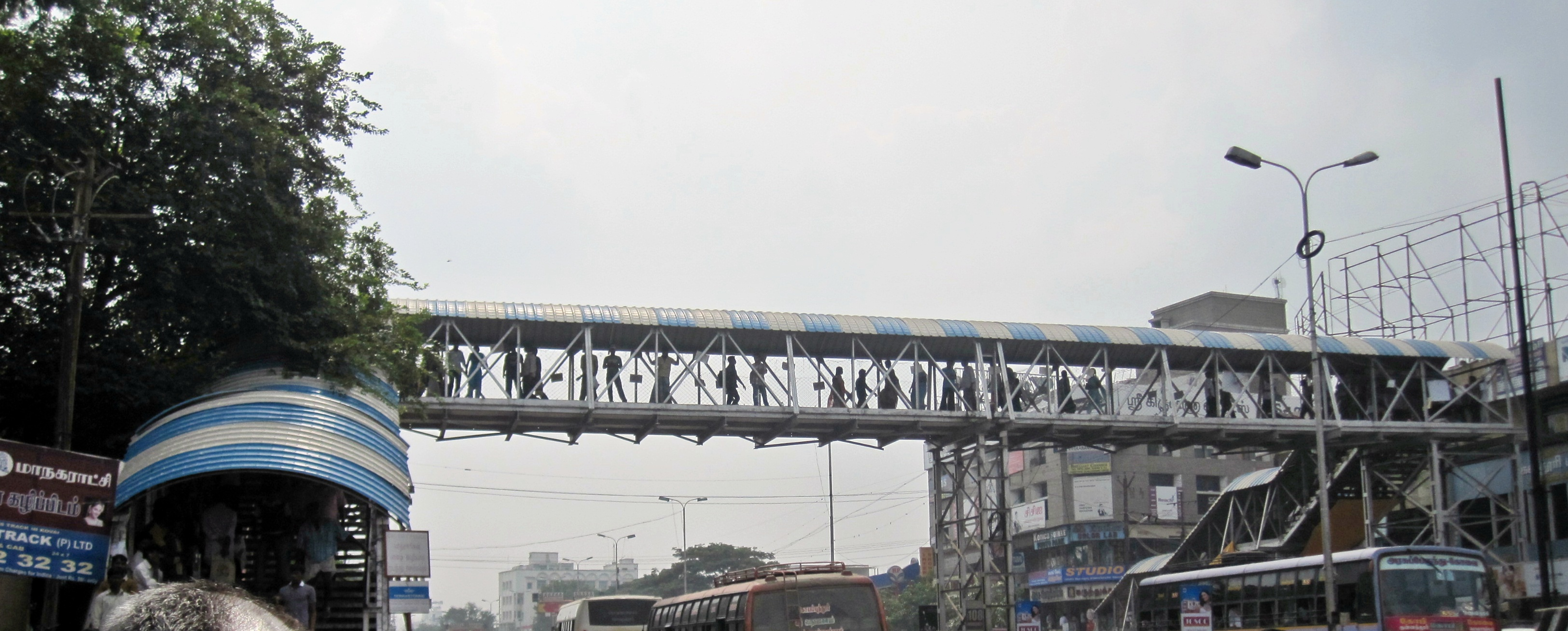 Gandhipuram_pedestrian_overbridge-Coimbatore