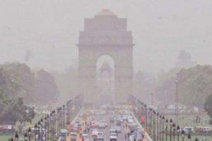 Delhi wakes up to poor air, AQI reaches 298